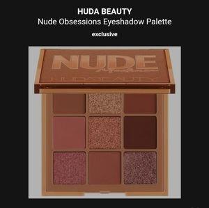 Huda Beauty Nude Medium palette